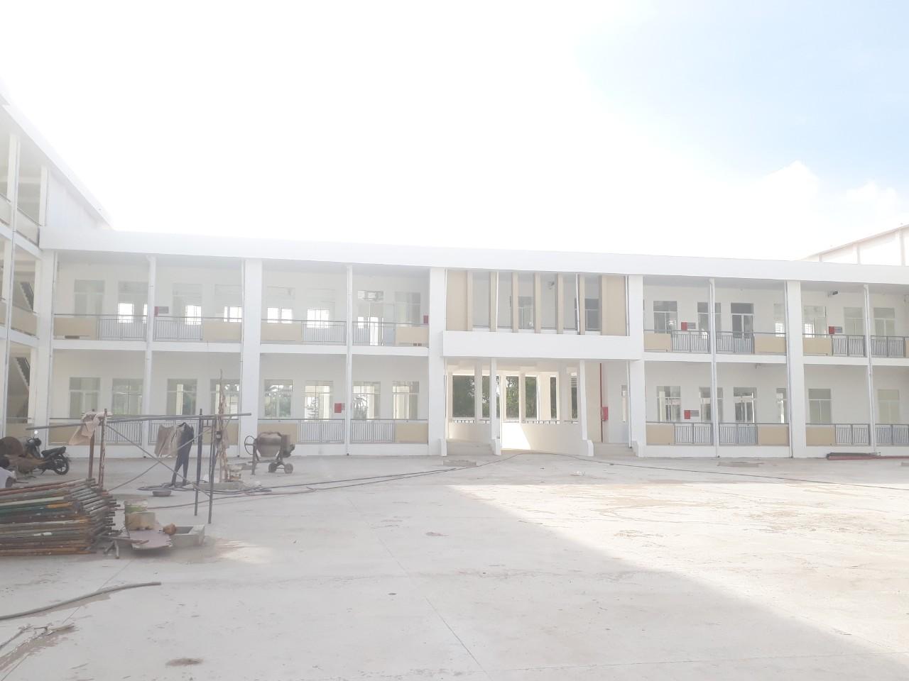 Trường lê Văn Tám